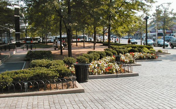 [Plantings in front of Gateway Center]