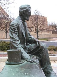 [Another view of Borglum's Lincoln statue]